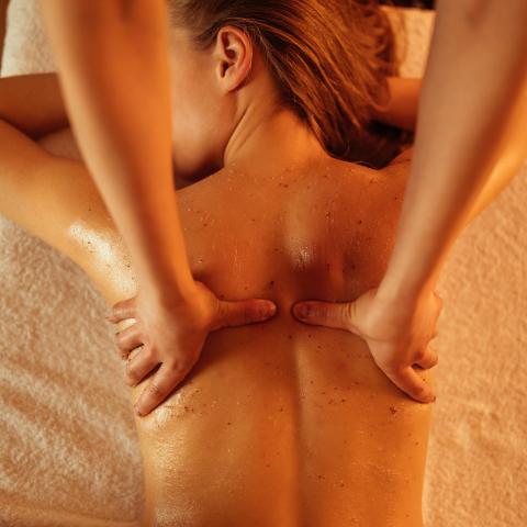 massagem dor nas costas dor na lombar fisioterapia massoterapia
